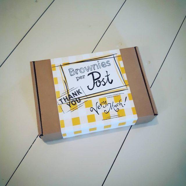 Stond de postbode ineens met dit pakje voor de deurhellip